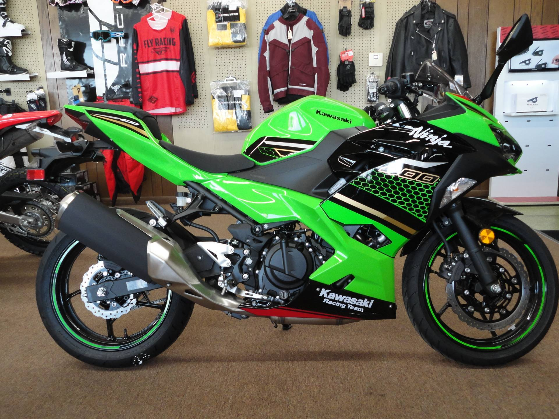 Photo 2020 Kawasaki Ninja 400 KRT Edition $5609