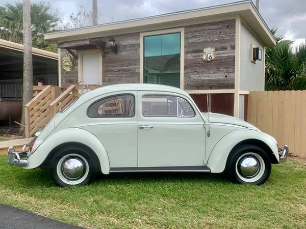 Photo 1964 VW Beetle Deluxe - must see- low miles - $1 (Edcouch Tx)