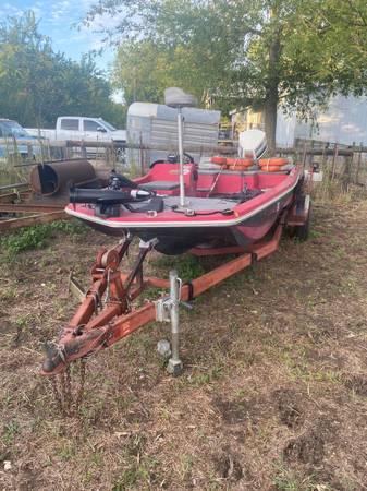Photo 1978 skeeter bass boat - $4500 (Slidell)