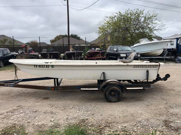 Photo 1996 Monark 16Ft flat bottom (Project) Boat with Trailer - $750 (MANSFIELD, TX)