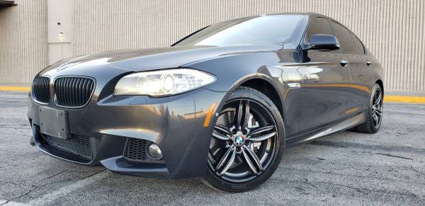 Photo 2013 BMW 550 BLACKED OUT V8 BEAST - $14,900 (DALLAS)