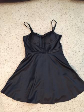 Photo Black Bow Front Dress - $9 (Sachse)