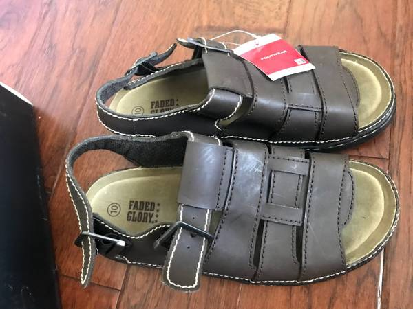 Photo Brand NEW of Faded Glory Mens Brown Hiking Sandals Size 10 US - $10 (Plano)