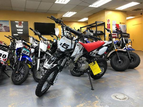 Photo Brand New Apollo X5 125cc standard dirt bike on sale - $999 ((Best Deal In Town 817 - 239 7515)
