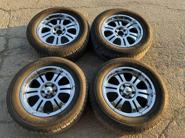 Photo CheapChrome 22quot DRIV RIMS  TIRES 6 Lug Chevy Silverado GMC Toyota - $400 (Dallas)
