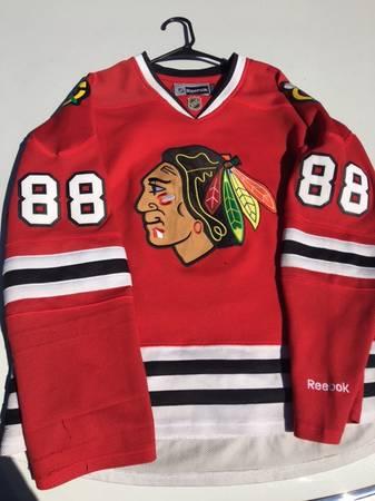Photo Chicago Blackhawks - Patrick Kane Womens XL - $30 (Coppell)