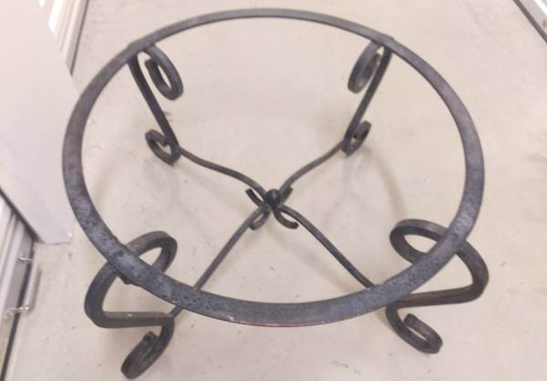 Photo Coffee Table-Round Iron Base w beveled Glass Top 42quot - $75 (Mont Del Estates - FTW)