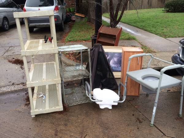 Photo FREE stuff... garage shelves, framed pic and more (Corinth)