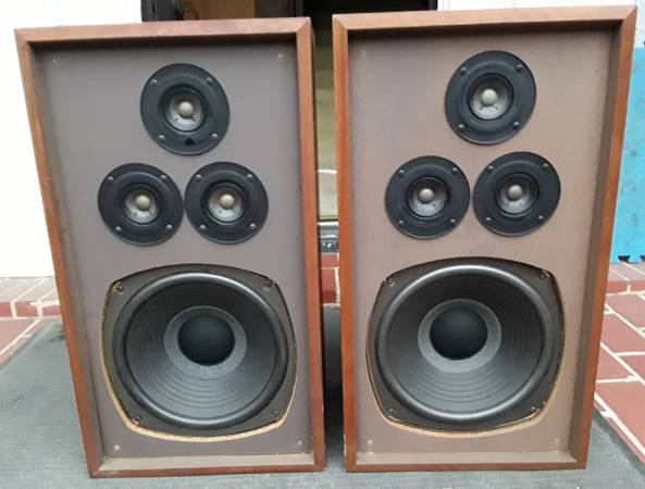Photo FS  Vintage 1970s Radio Shack Nova 8B 3-Way Speakers - $140 (Lemmon  Toll Road)