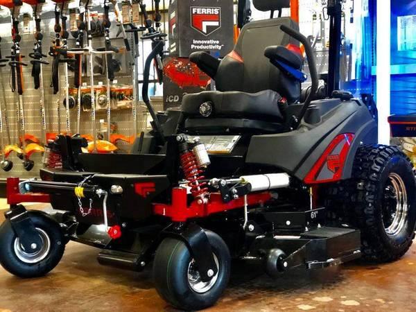 Photo Ferris IS3200 MIDNIGHT EDITION 61quot Zero Turn Commercial mower - $14999 (Burleson)