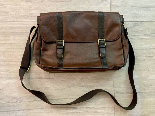 Photo Fossil Leather Messenger Bag, Brown - $200 (South Plano)