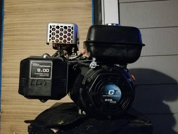 Photo Go Kart Engine - $120 (Azle)