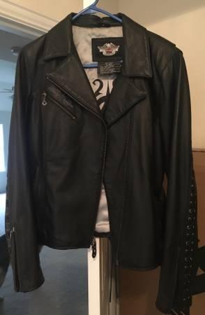 Photo Harley Davidson Motorcycle Jacket Womens L - $100 (Mansfield)