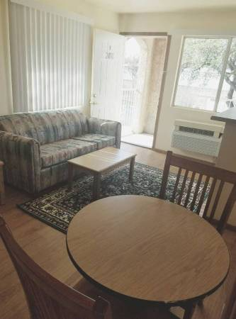 Photo Hurry To Budget Suites Of America - 5289 S Hwy 121 $229 Weekly  (The Colony)