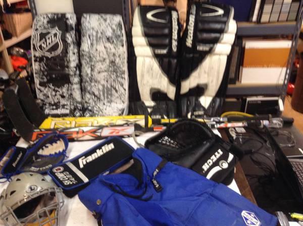 Photo Ice Hockey Goalie Helmet Pads Glove Stick and Equipment - $15 (East Dallas)