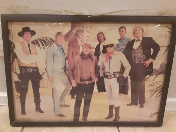 Photo John Wayne framed photograph - $50 (North Oak Cliff)