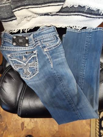 Photo Miss Me Jeans Size 27 x 32 - $25 (Burleson)