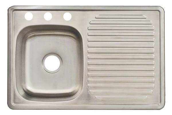 Photo NEW Franke USA 33-in x 22-in Satin Single-Basin Kitchen Sink - $70 (Garland)
