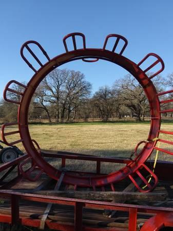 Photo Round bale feeder - $250 (Springtown)