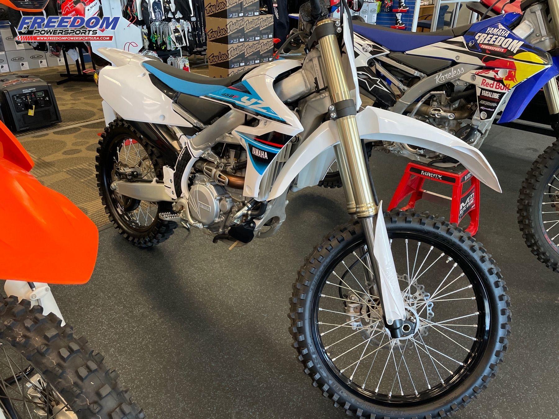 Photo Used 2019 Yamaha Motorcycle  $8999