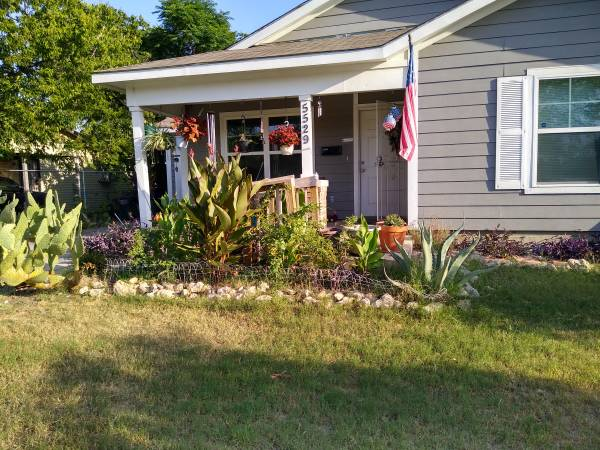 Photo beautiful house with a room to rent (5529 Fairnsworth Ave, Ft. Worth, TX)
