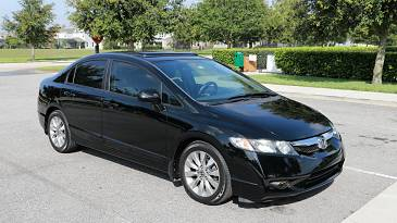 Photo 2010 Honda Civic ex , 4 cylinder, automatic with air conditioning - $1200