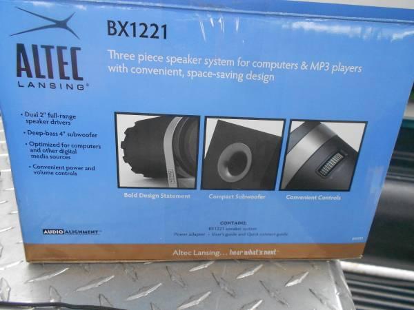 Photo AltecLansing 3 Piece Computer Spkrs - $50 (Durham)