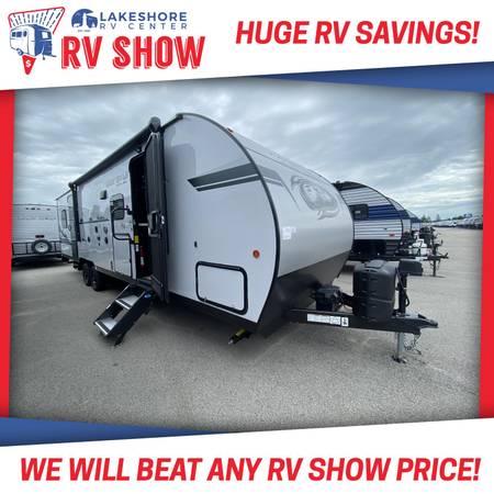 Photo Forest River Grey Wolf 27RRBL Black Label Toy Hauler RV - 11FT GARAGE - $31,890