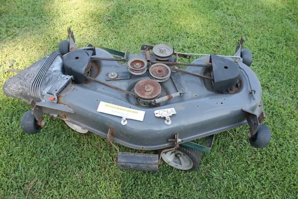 Photo Husqvarna YTH1848XP Craftsman Mower 48quot Deck - $150 (Yanceyville)