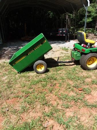 Photo John Deer Dump Cart 15 - $450 (Skipwith)