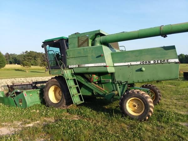 Photo John Deere 6620 Titan II Combine - $8,900 (Wylliesburg, VA)