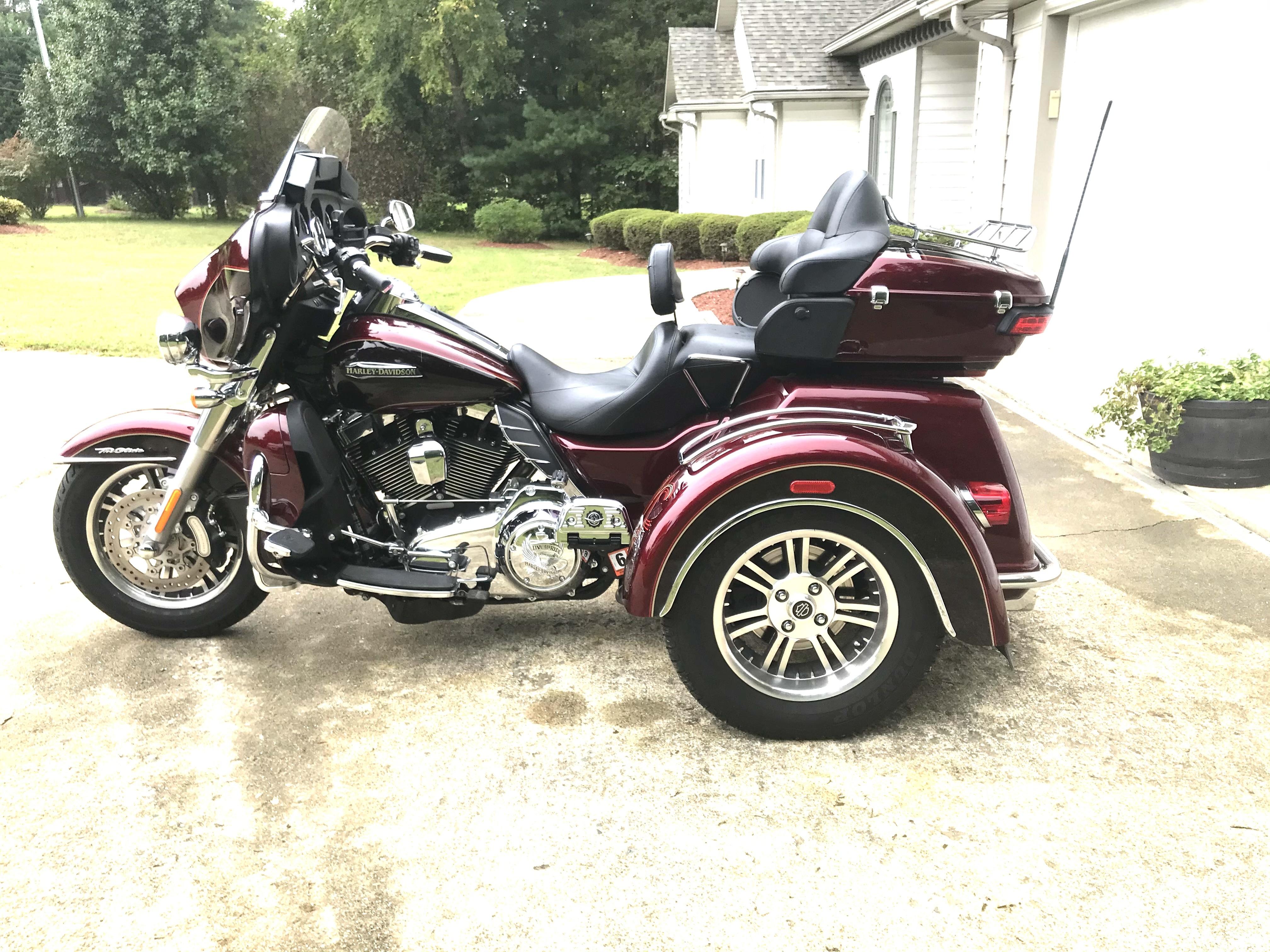 Photo 2014 Harley-Davidson TRI GLIDE ULTRA CLASSIC $23900396.74396.74