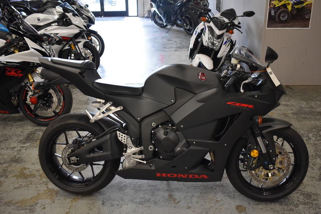 Photo 2019 Honda CBR600RR $11000