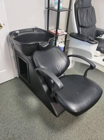 Photo beauty Salon equipment - $0 (Christiansburg)