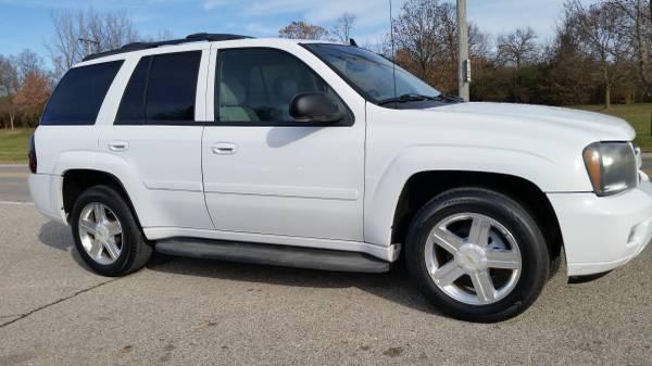 Photo 08 CHEVY TRAILBLAZER LT 4WD- SUPER CLEAN, HTD LEATHER, LOADED, SHARP - $5695 (SUPERIOR AUTO SALES -- MIAMISBURG)