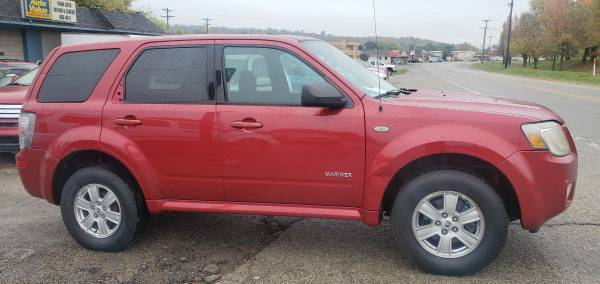Photo 08 MERCURY MARINER 4WD- AUTO, PWR ROOF, LOADED, CLEAN  RUNS GREAT - $5,495 (SUPERIOR AUTO SALES - MIAMISBURG)
