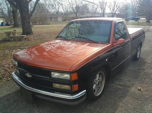 Photo 1996 Custom Chevy C1500 Truck - $3995 (New Carlise)