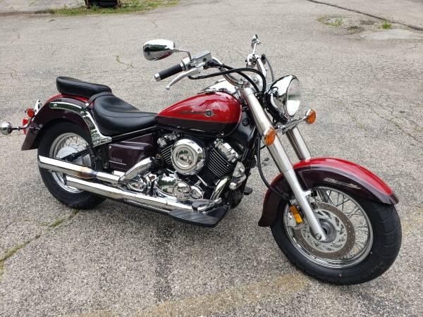 Photo 2000 Yamaha V-Star 650 Classic - $3,299 (Williams Vintage Cycle - Xenia, OH)