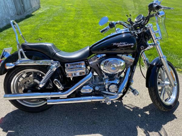 Photo 2006 Harley Davidson Dyna Superglide - $6,700 (Brookville)