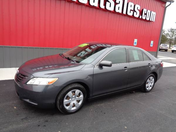 Photo 2008 Toyota Camry LE 4-Dr Sedan DRIVES GREAT-EXTRA CLEAN - $5995 (STOUT SALES FAIRBORN 937-864-2678)