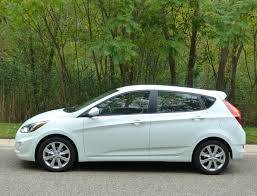 Photo 2013 Hyundai Accent. Auto. 4-dr. All power. 4 cylinder. Great commuter - $2100