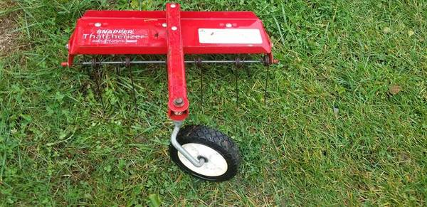 Photo 21quot Wide Snapper Thatcherizer Walk Behind Lawn Dethatcher - $30 (huber heights OH)