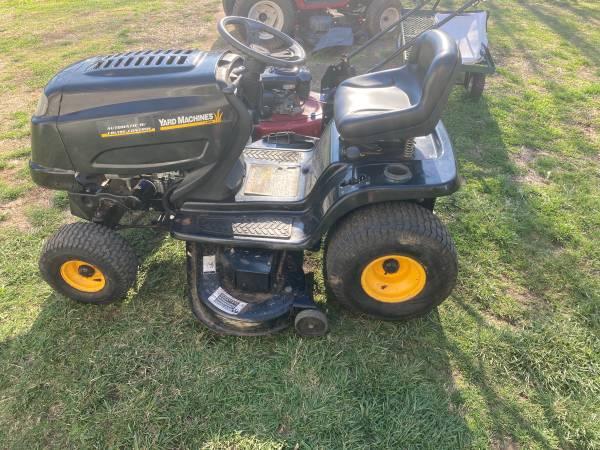 Photo 46 Yard Machines Automatic riding mower - $575 (West Carrollton)