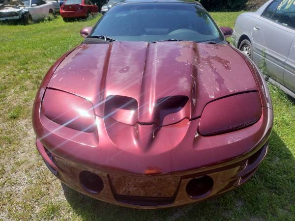 Photo 98-02 trans am ws6 firebird - $800 (dayton)