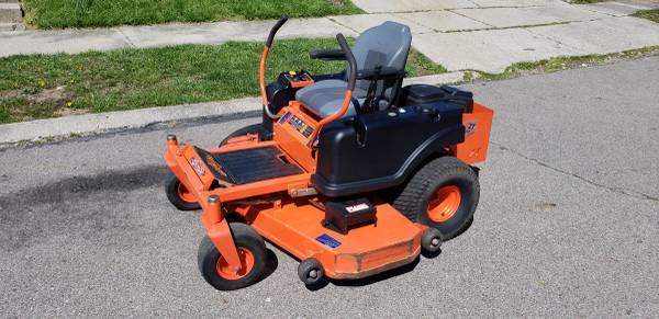 Photo Bad Boy ZT Pro 60 Zero Turn Mower - 27 HP - 60 Inch Deck - $2700 (Franklin)