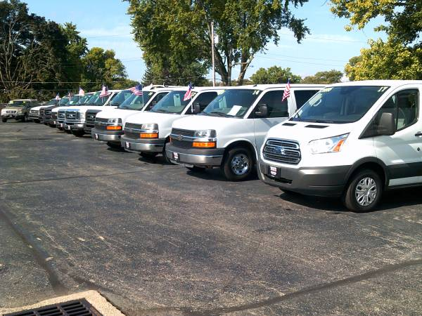 Photo CHEVROLET FORD EXPRESS CARGO WORK VAN PASSENGER (Troy)