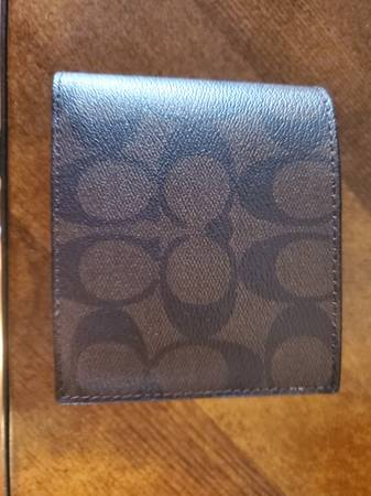 Photo Coach wallet (mens) - $50 (Centerville)