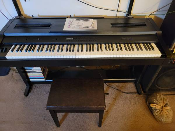Photo Electric piano-kurzweil ensemble grande mark iii - $200 (Middletown- price is firm)
