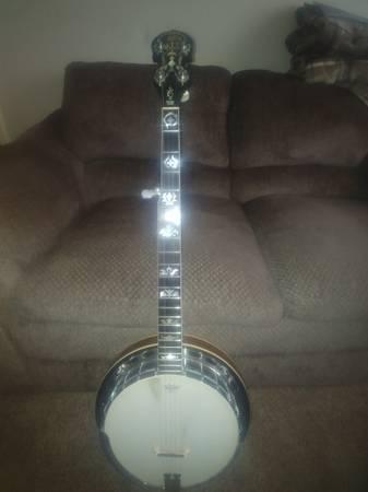 Photo GTR Bluegrass Banjo - $700 (NEW Carlisle)