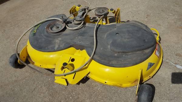 Photo John Deere Lawn Mower Deck Freedom 42 - $420 (Miamisburg)